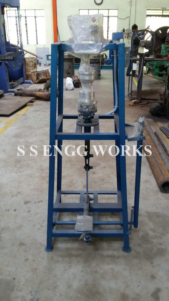 Areca Plate Making Machine (2)
